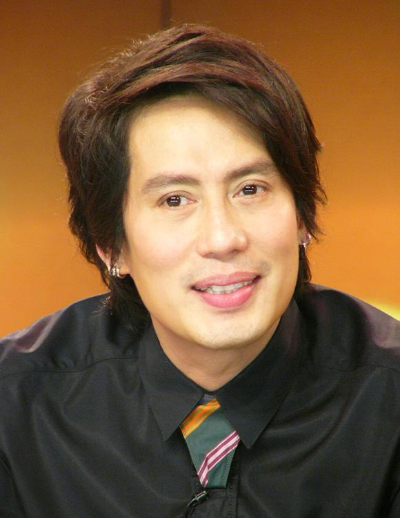 Thongchai McIntyre - Wikiwand