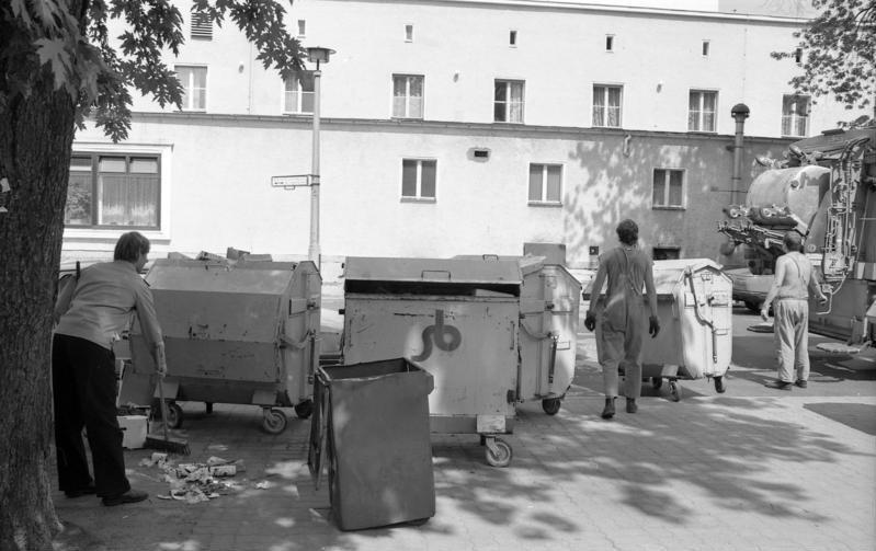 file bundesarchiv b 145 bild f088839 0018 berlin karlshorst m wikimedia commons