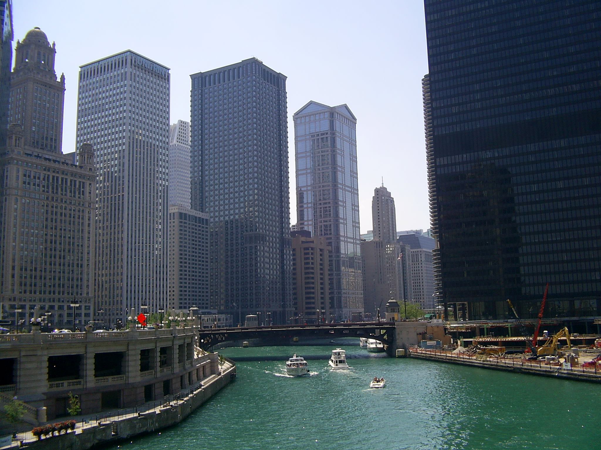 File Chicago River fro...