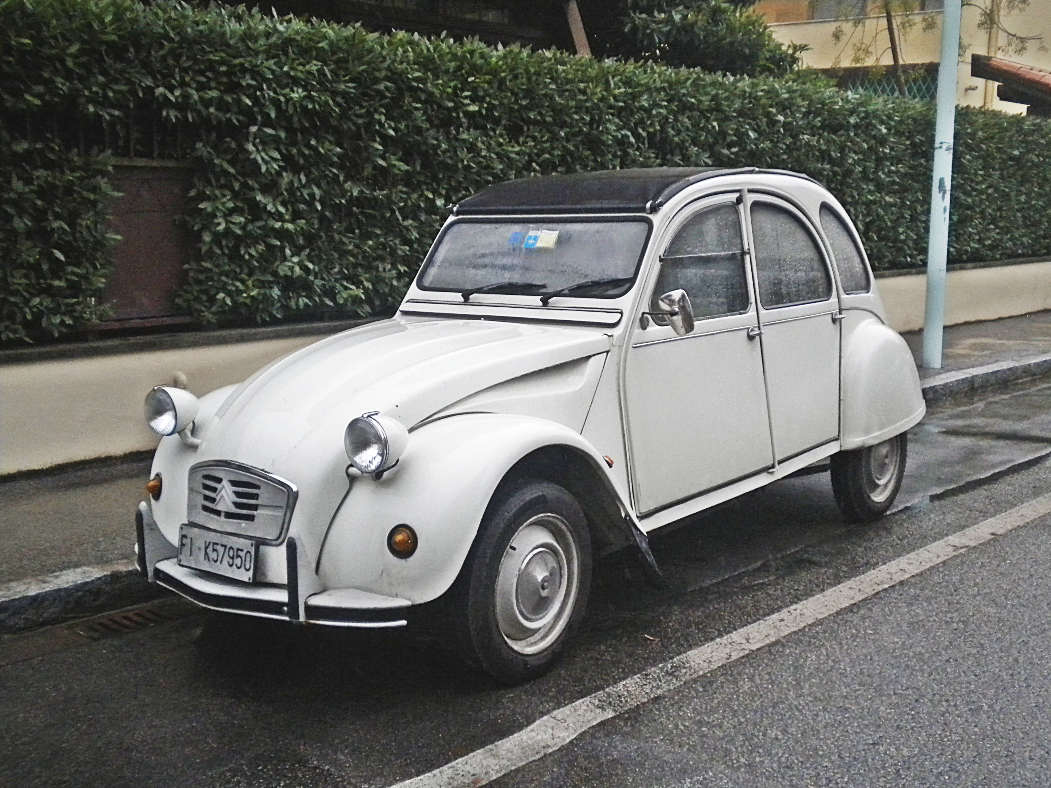 file citroen 2cv 6 special wikimedia commons. Black Bedroom Furniture Sets. Home Design Ideas