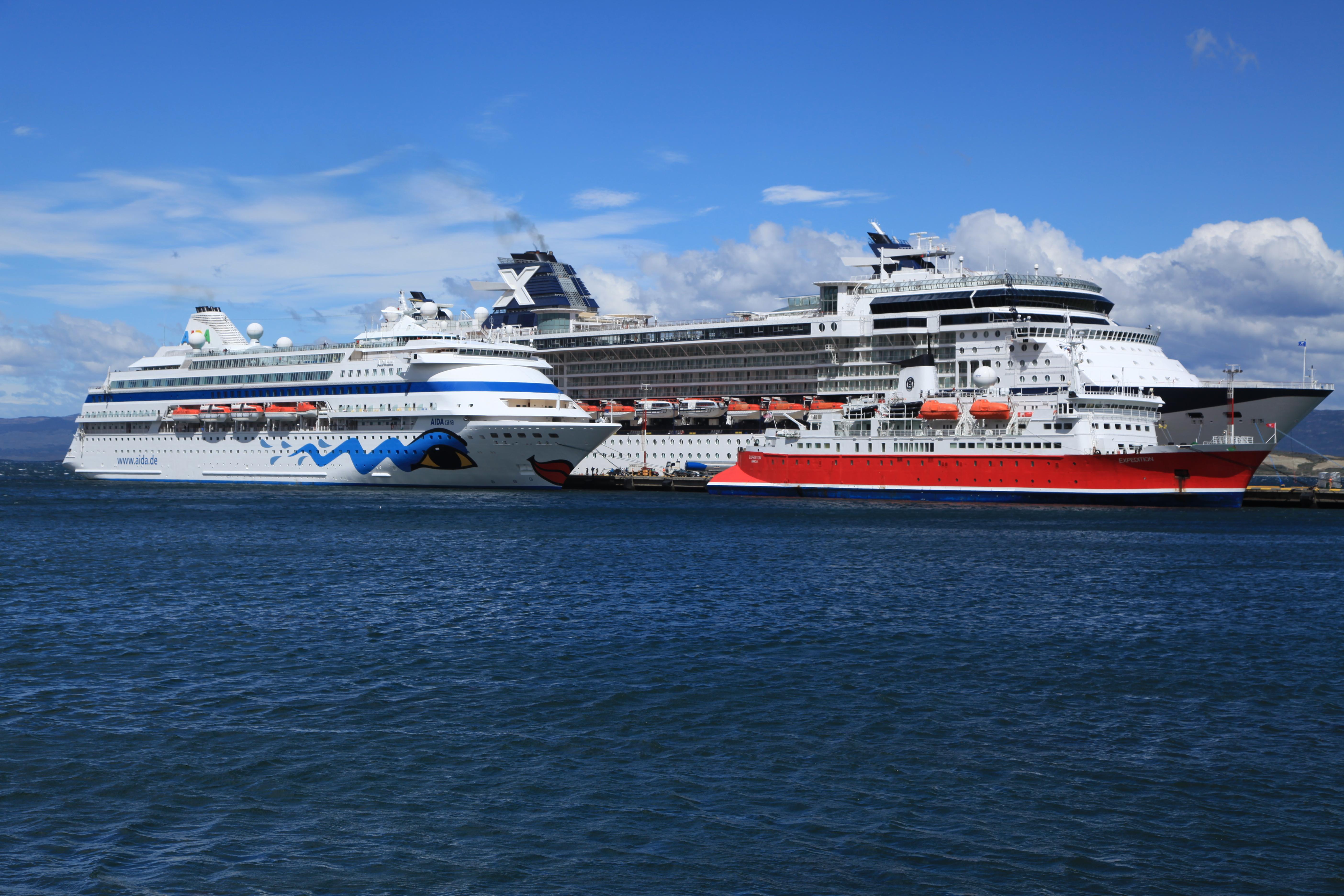 FileCruise Ships In Port At Ushuaia 5542989057jpg