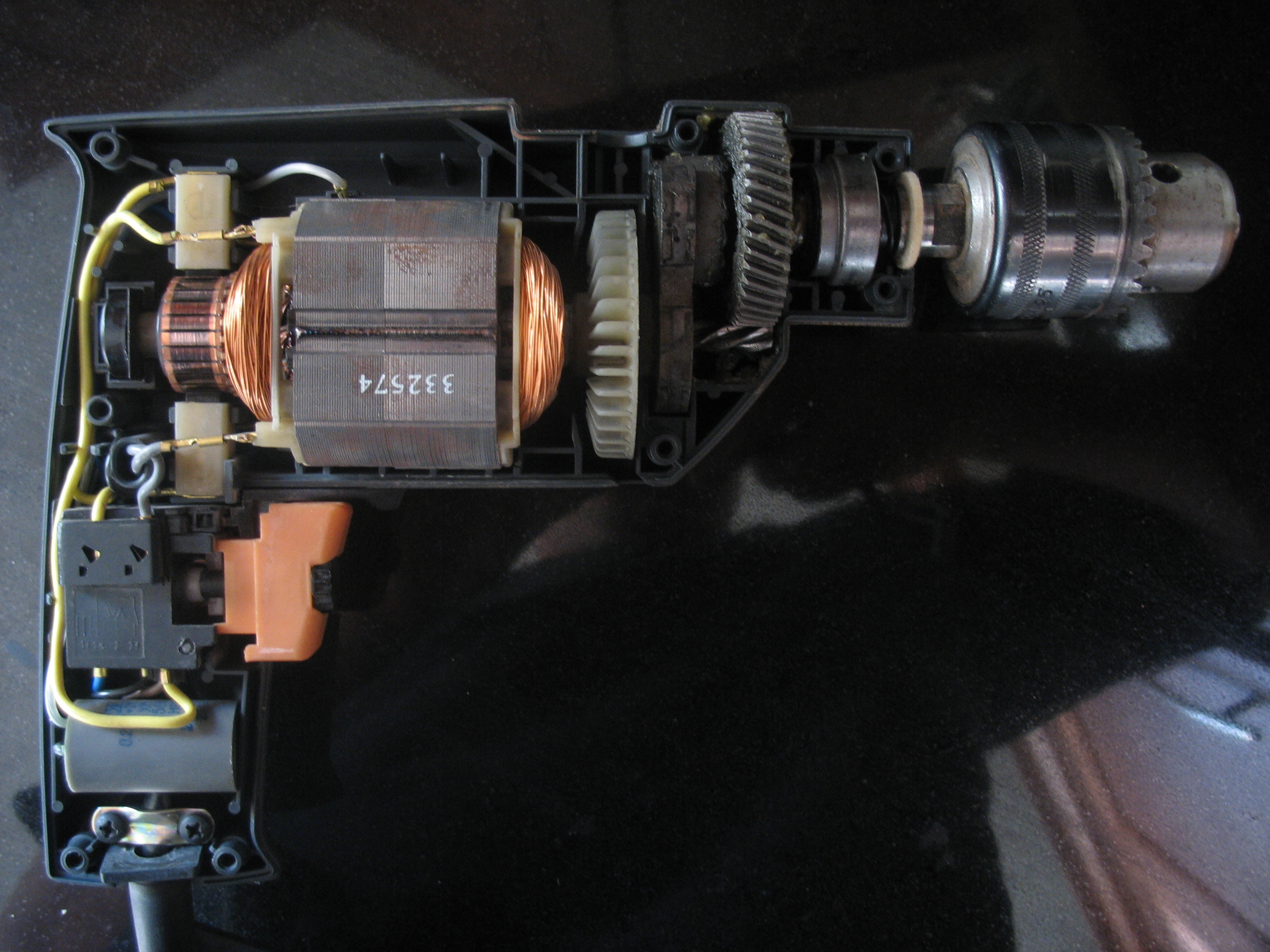 AC motor condensator aansluiting
