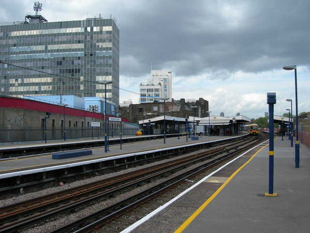 Elephant and Castle Overground Station - geograph.org.uk - 427819