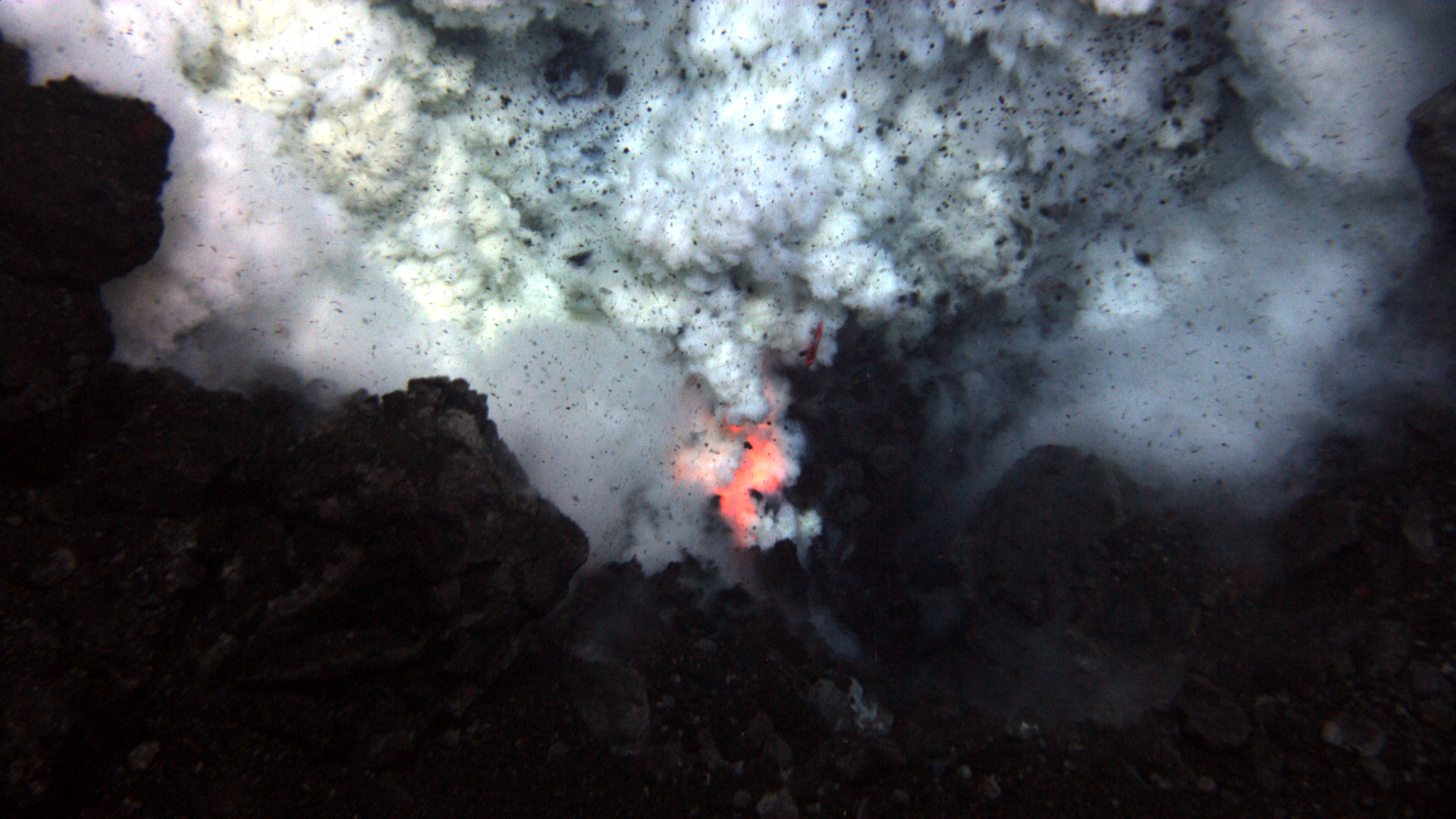 Underwater Volcano Eruption wallpaper - 258266