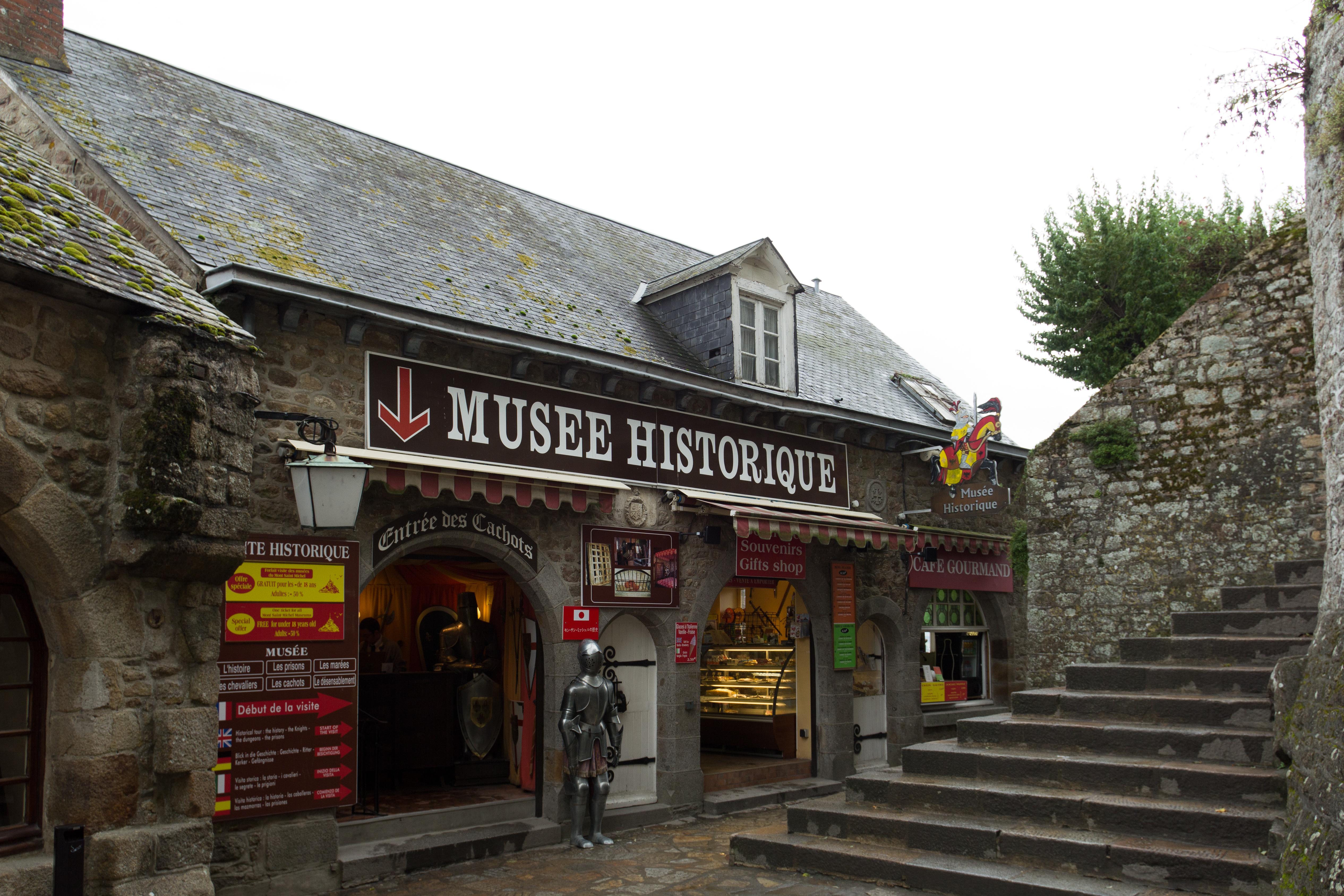 Fichier Facade Ouest De La Villa Saint Michel Le Mont Saint