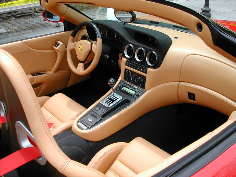 File:Ferrari 550 interior.jpg