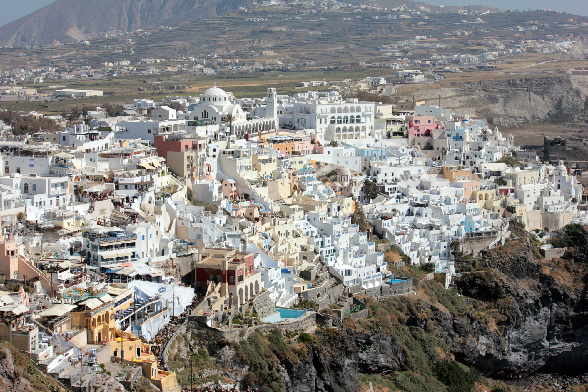 File:Fira town.jpg - Wikimedia Commons