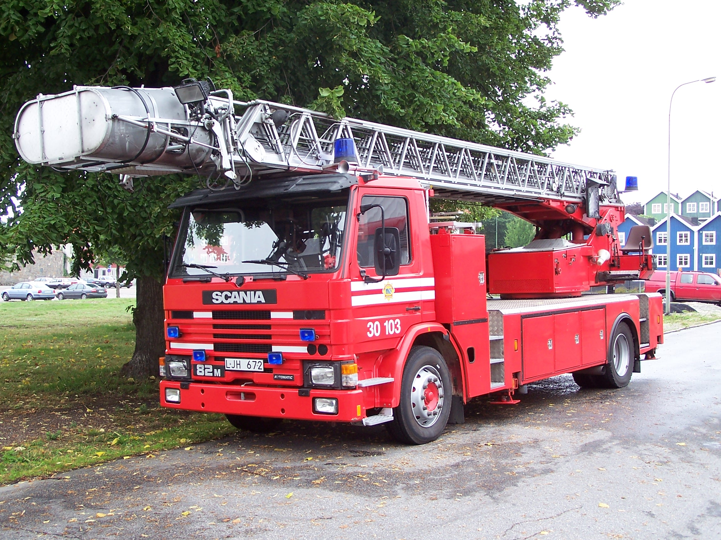 the fire engine - photo #3