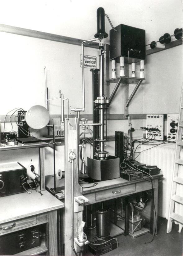 Scanning electron microscope - Wikipedia, the free encyclopedia
