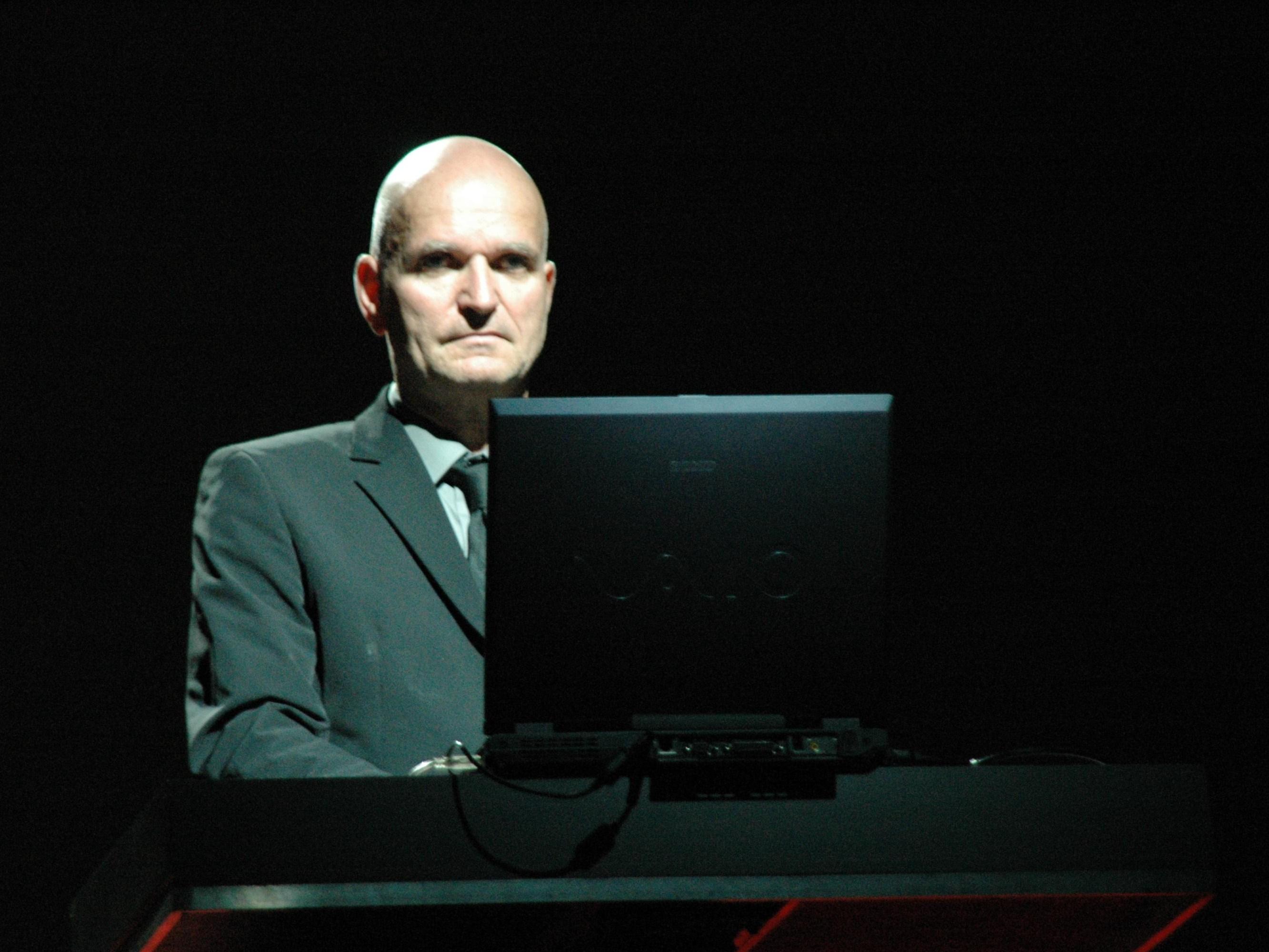 Schneider live in [[Ferrara]], Italy, 2005