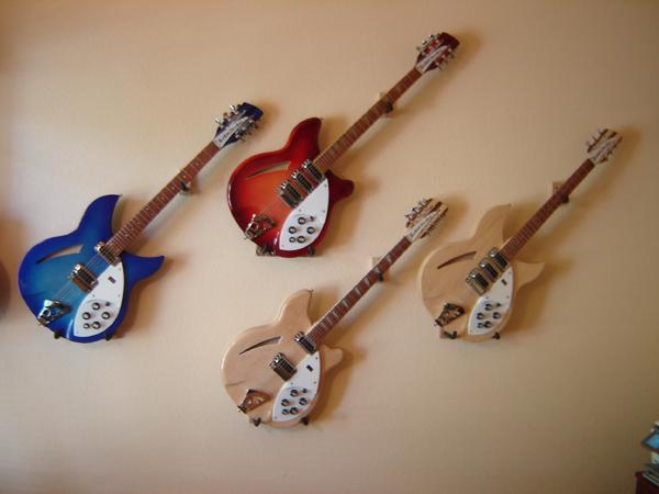 File Four Guitar Hangers Jpg Wikimedia Commons