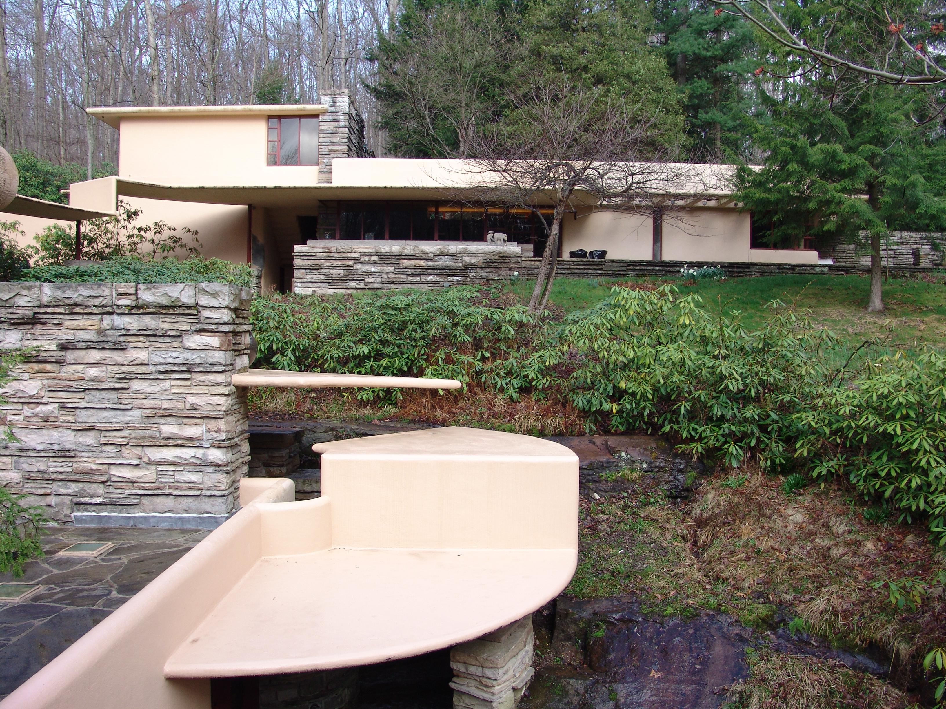 File frank lloyd wright fallingwater exterior 13 jpg - La maison sur la cascade ...