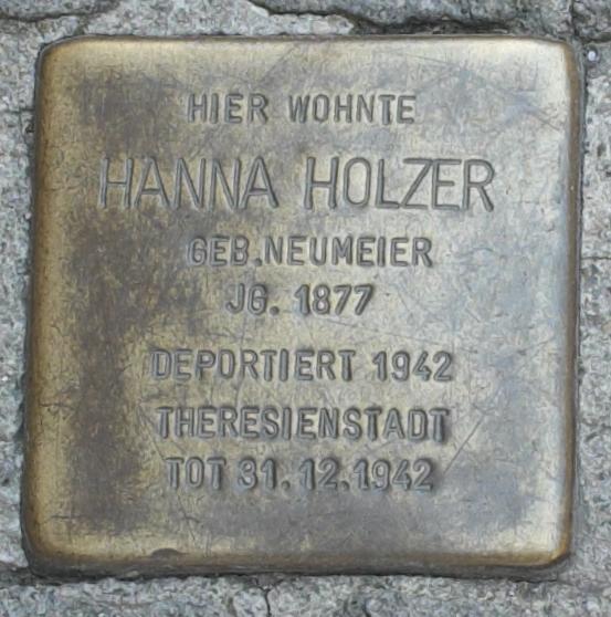 Freising Stolpersteine 366-004 Hanna Holzer.jpg