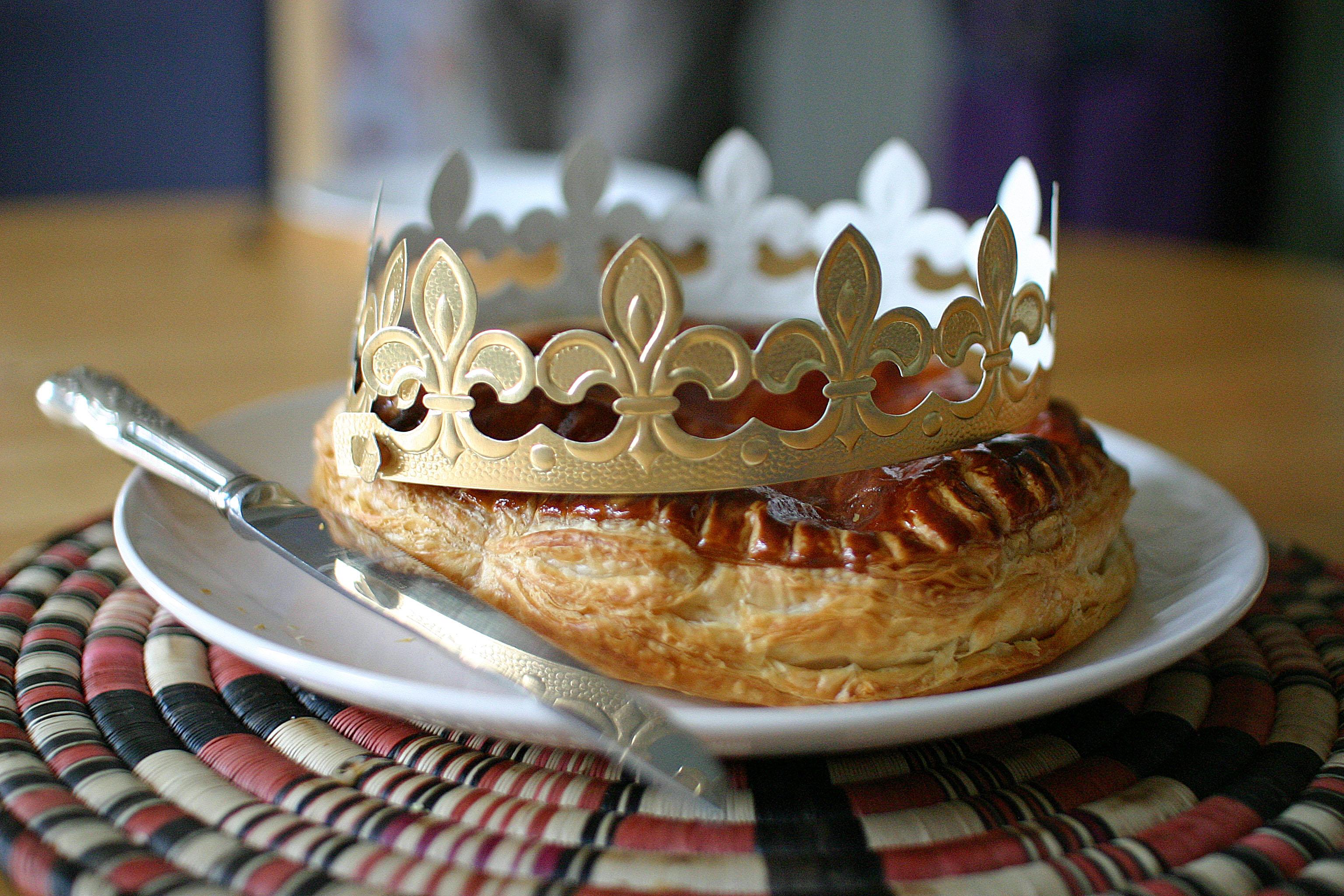 """Résultat de recherche d'images pour """"couronne de galette des rois"""""""