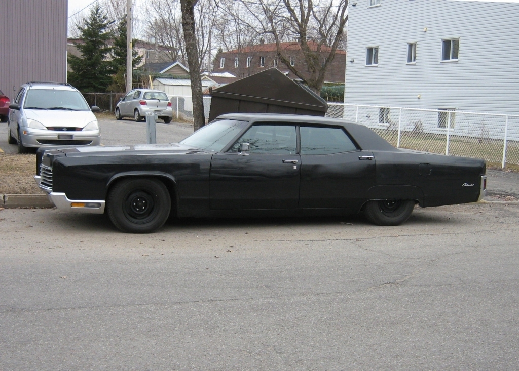 File:Gangster-styled car - Murdered out 1970 Lincoln Continental ...