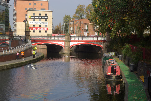 Grand Union Canal, Leicester - geograph.org.uk - 585398