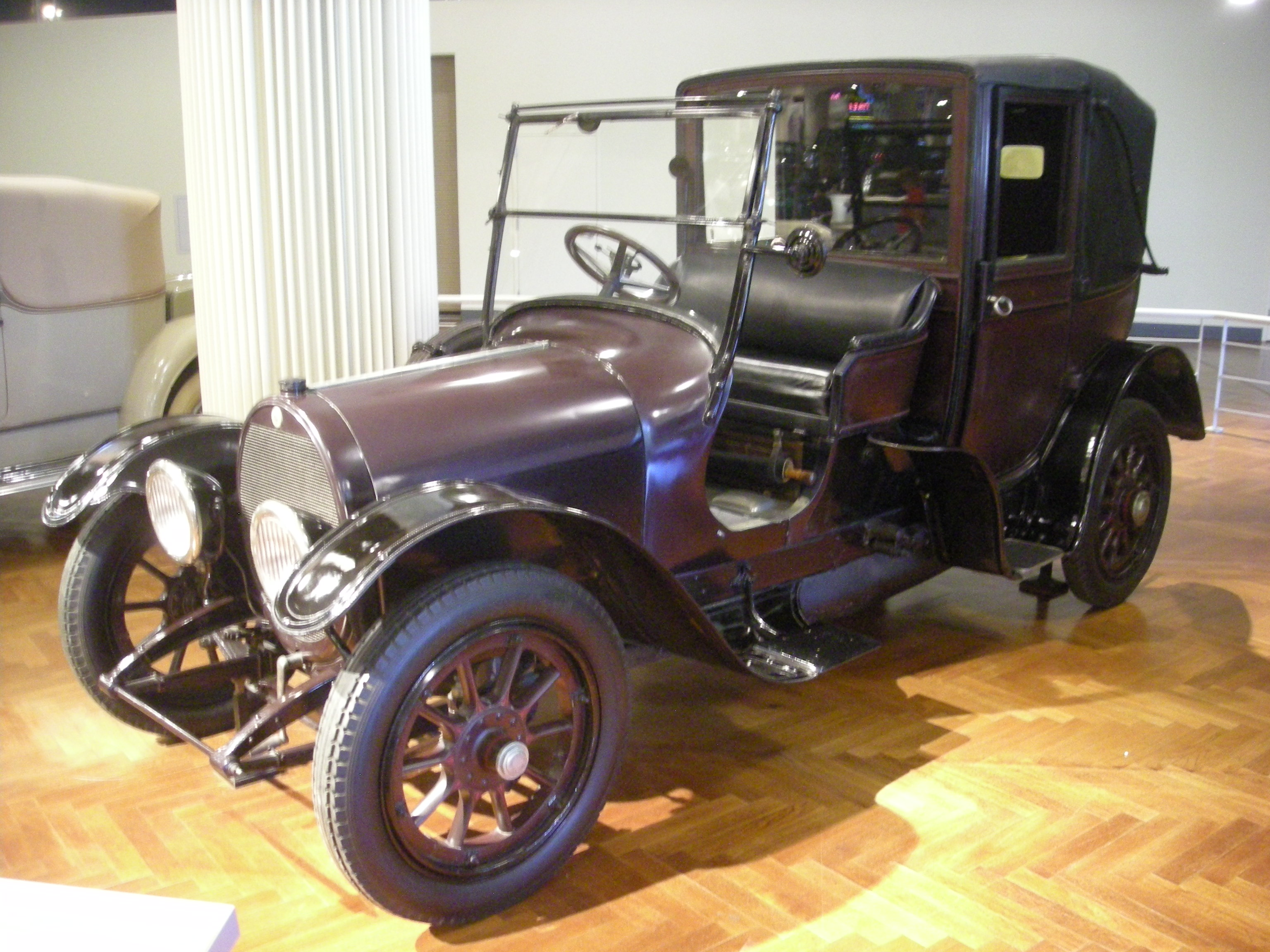 the role and impact of henry ford on the american society American principles the impact of the automobile came about after an elaborate the breakthrough for henry ford's car to serve the masses was when he heard.