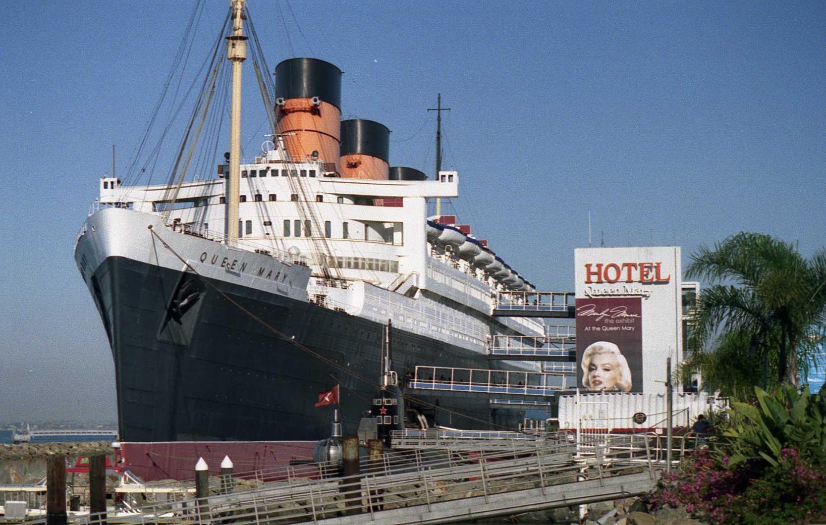 Queen Mary Hotel America California Long Beach