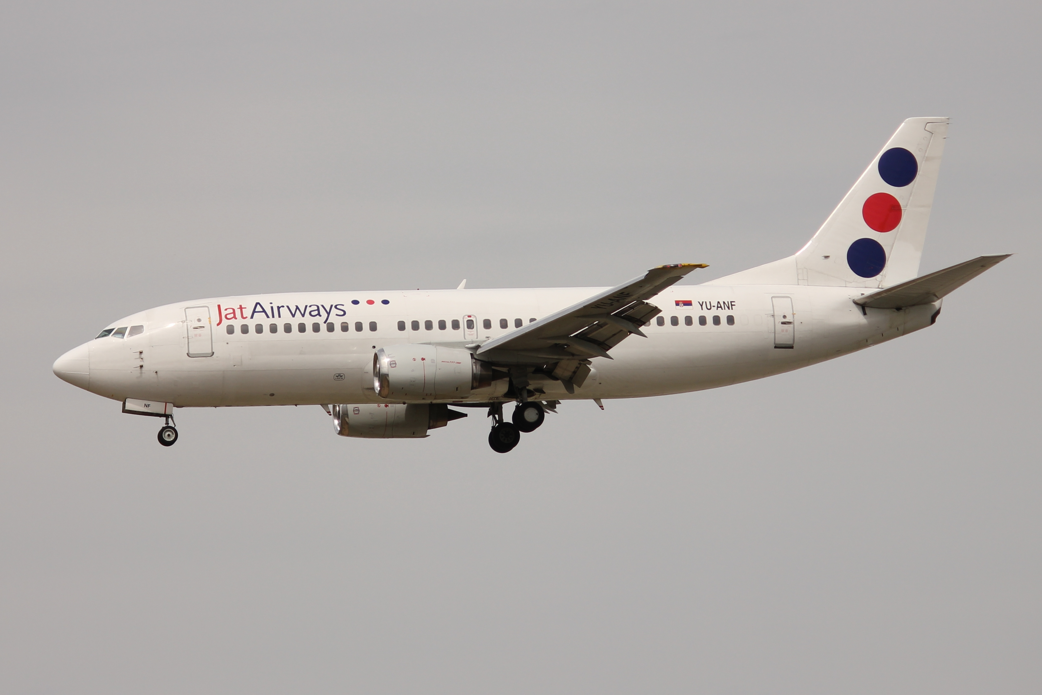 File:Jat Airways 733 YU-ANF.JPG