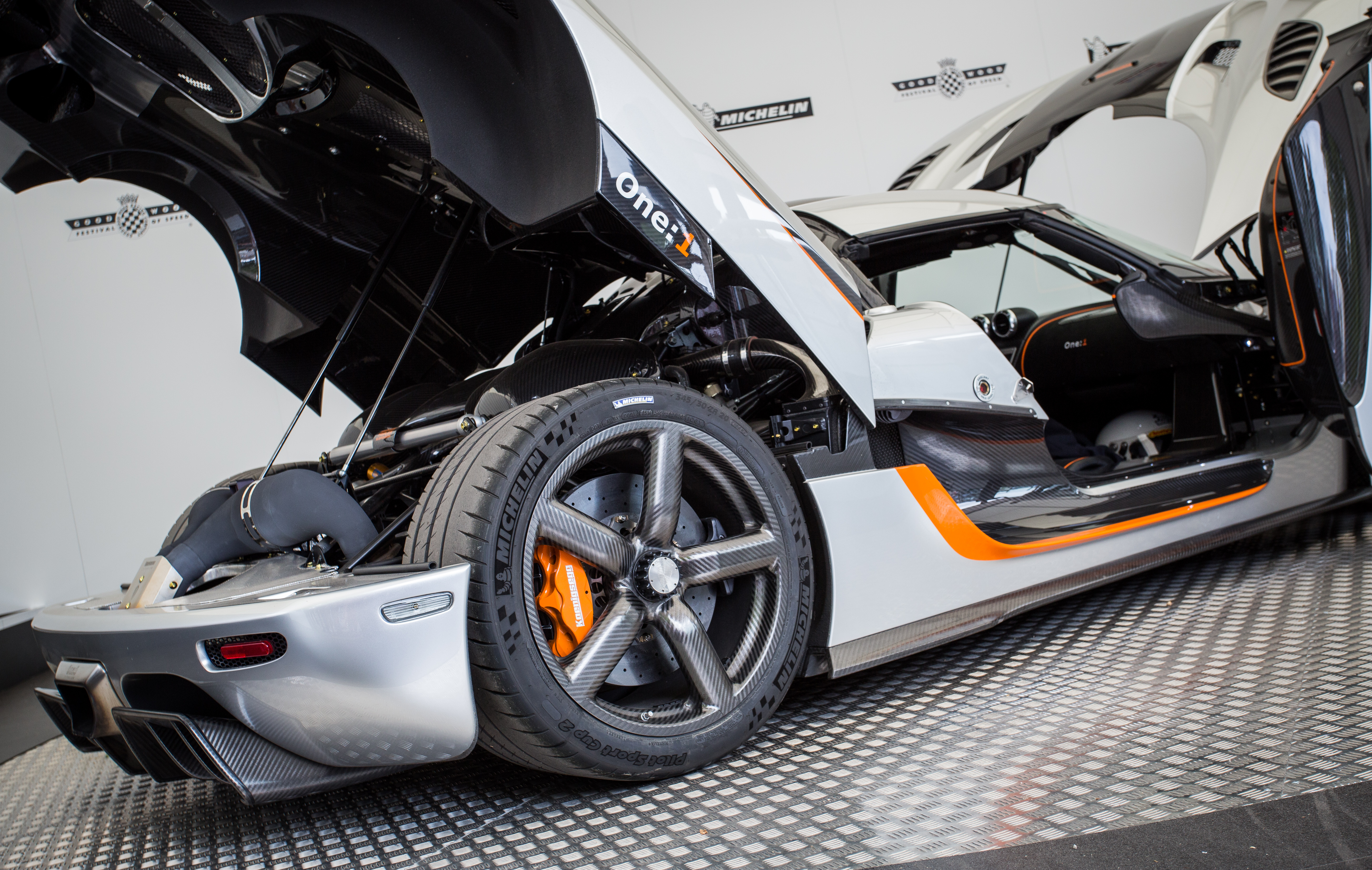 Koenigsegg One 1 >> File:Koenigsegg (Agera) One-1 at Goodwood 2014 005.jpg - Wikimedia Commons
