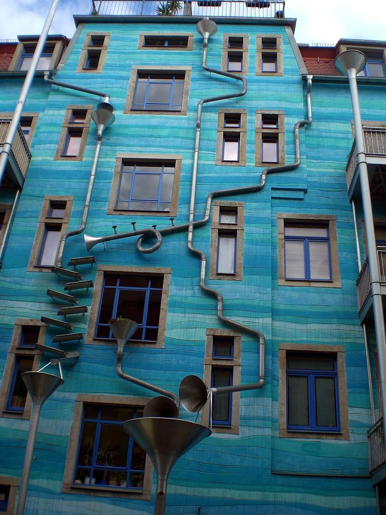 Fallrohr fassade  Kunsthof Dresden – Wikipedia