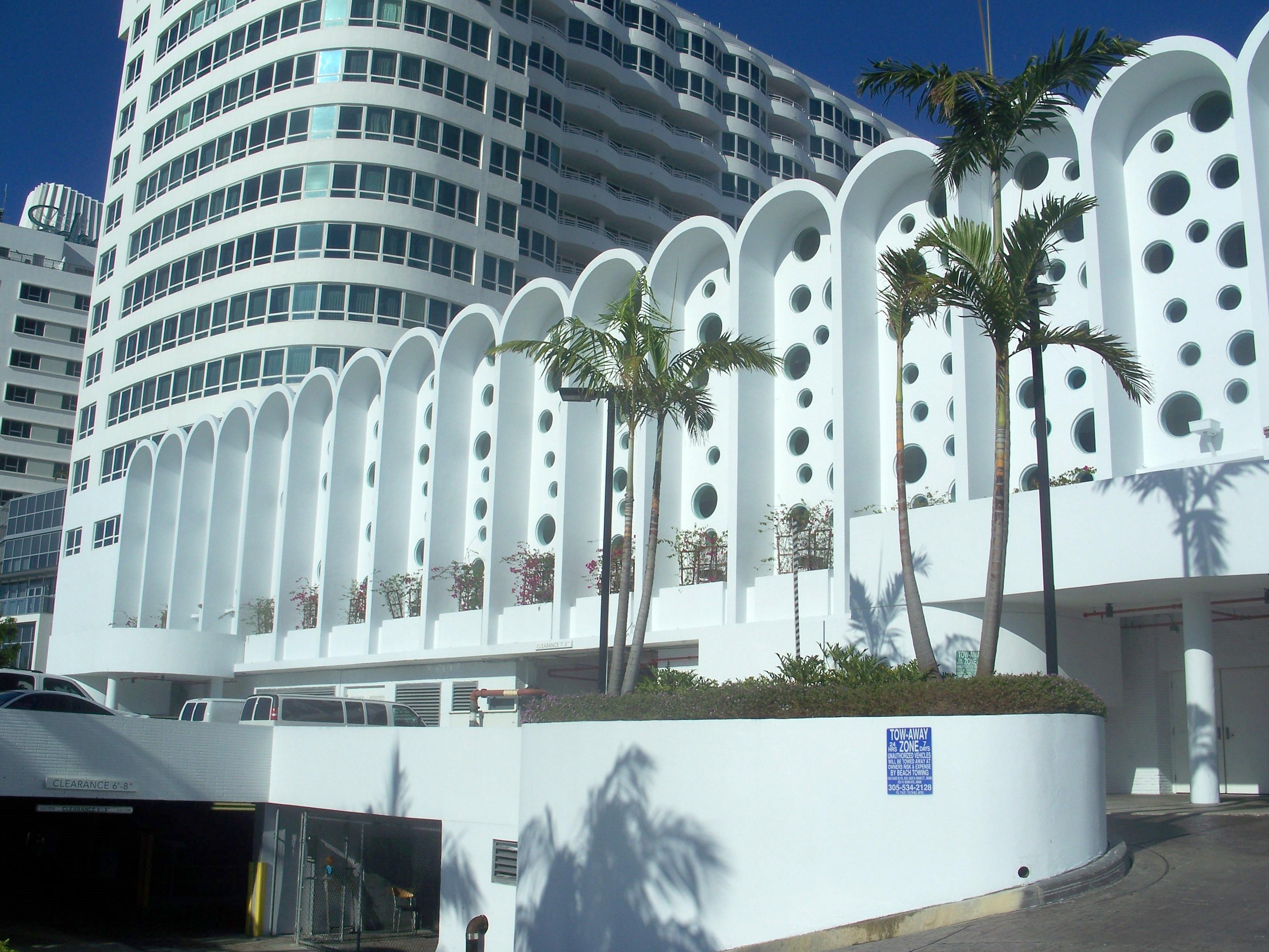 Fontainebleau Miami Beach Resort Hotel