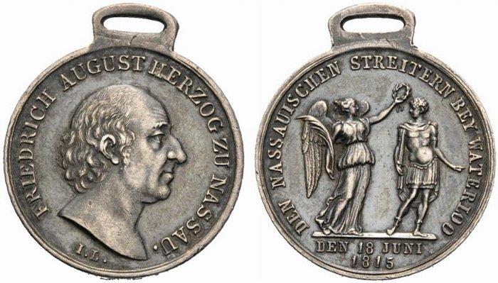 Nassauische Waterloo-Medaille.jpg