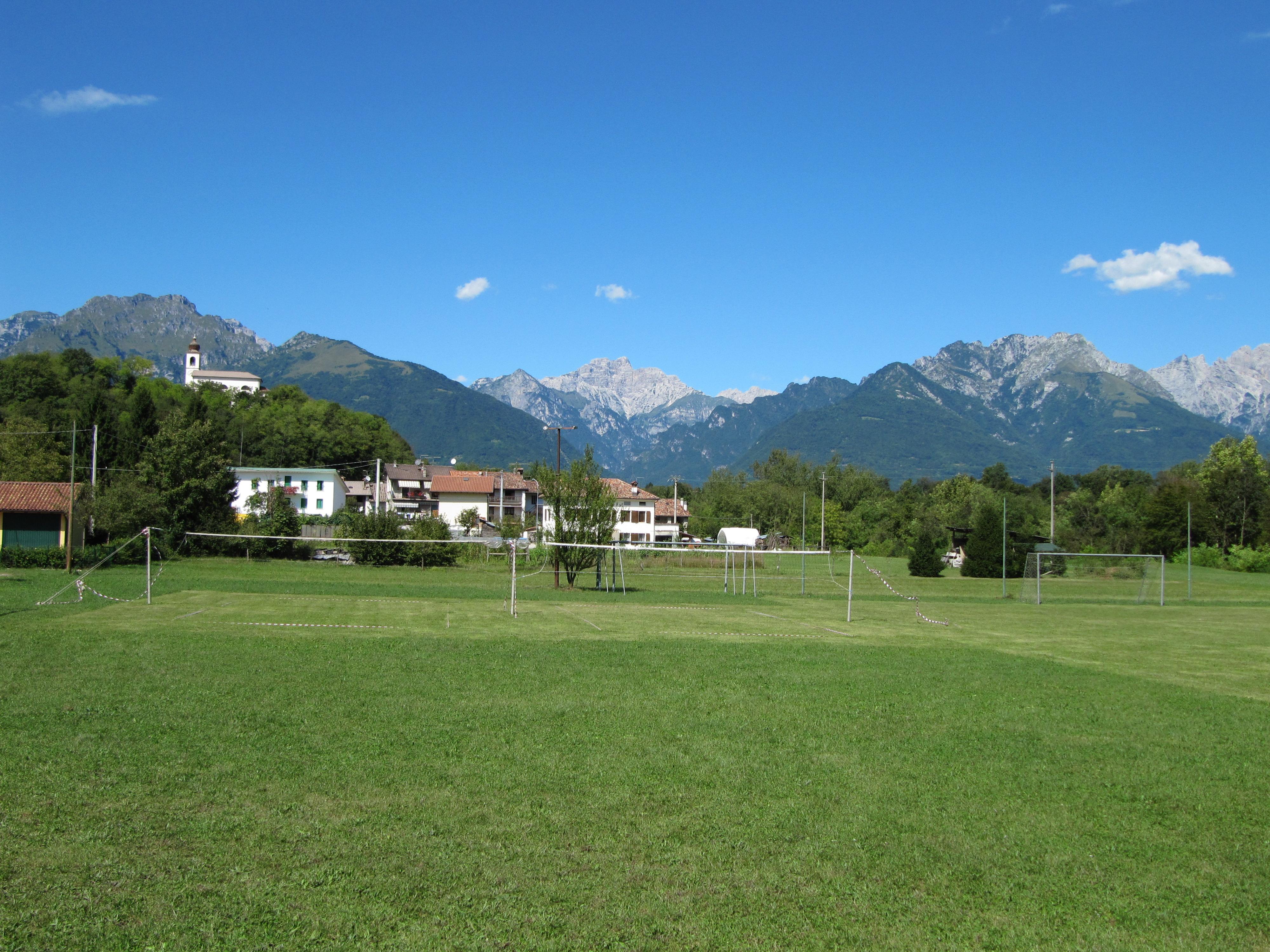 File nemeggio campo for Campo sportivo seminterrato