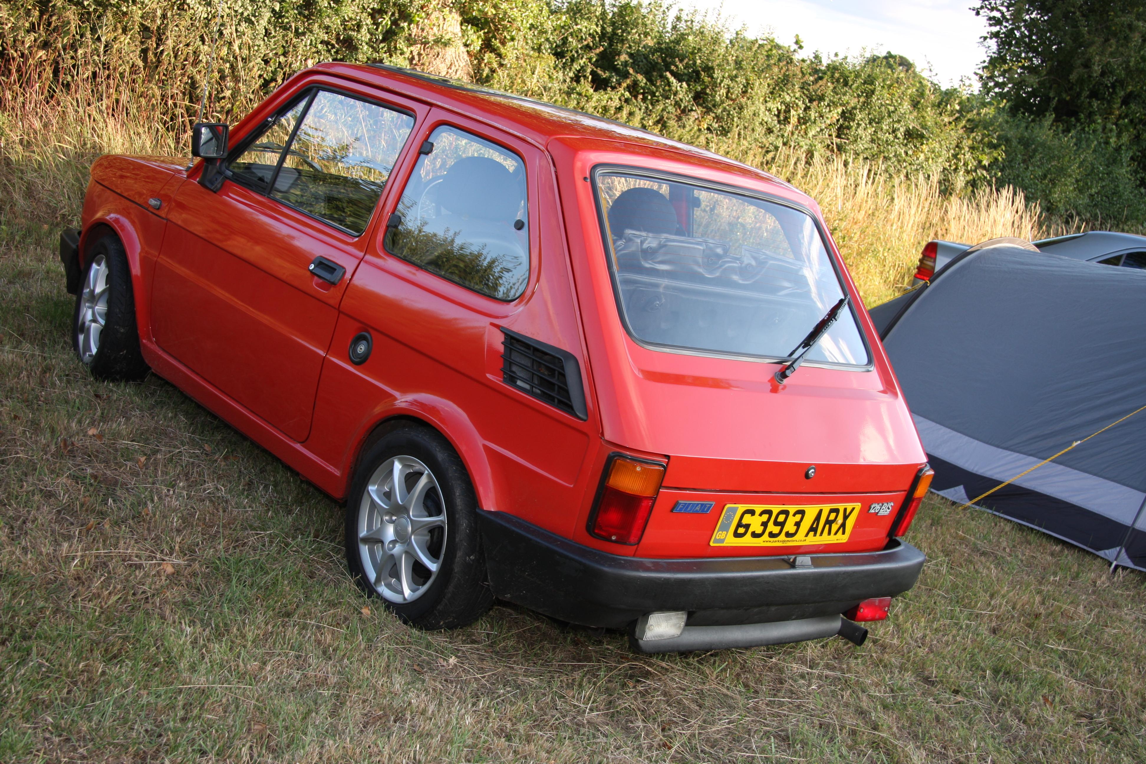 File Red Fiat 126 Bis During The Retro Rides Gathering