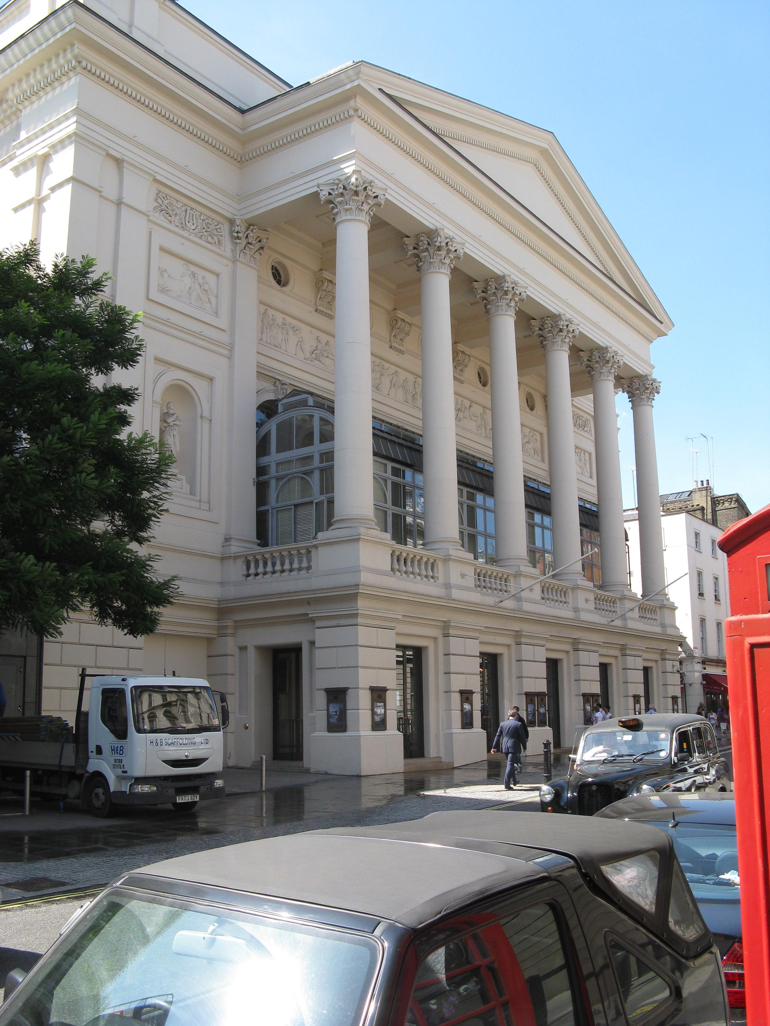 File royal opera house covent garden wikimedia commons for Royal opera house covent garden