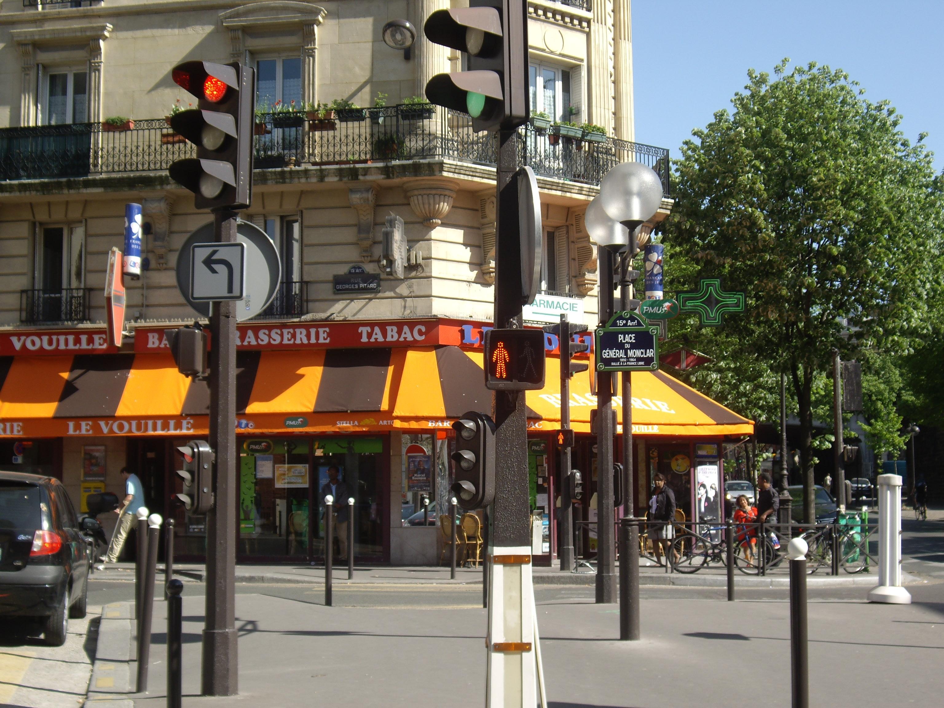 file rue georges pitard place du g n ral monclar paris wikimedia commons. Black Bedroom Furniture Sets. Home Design Ideas