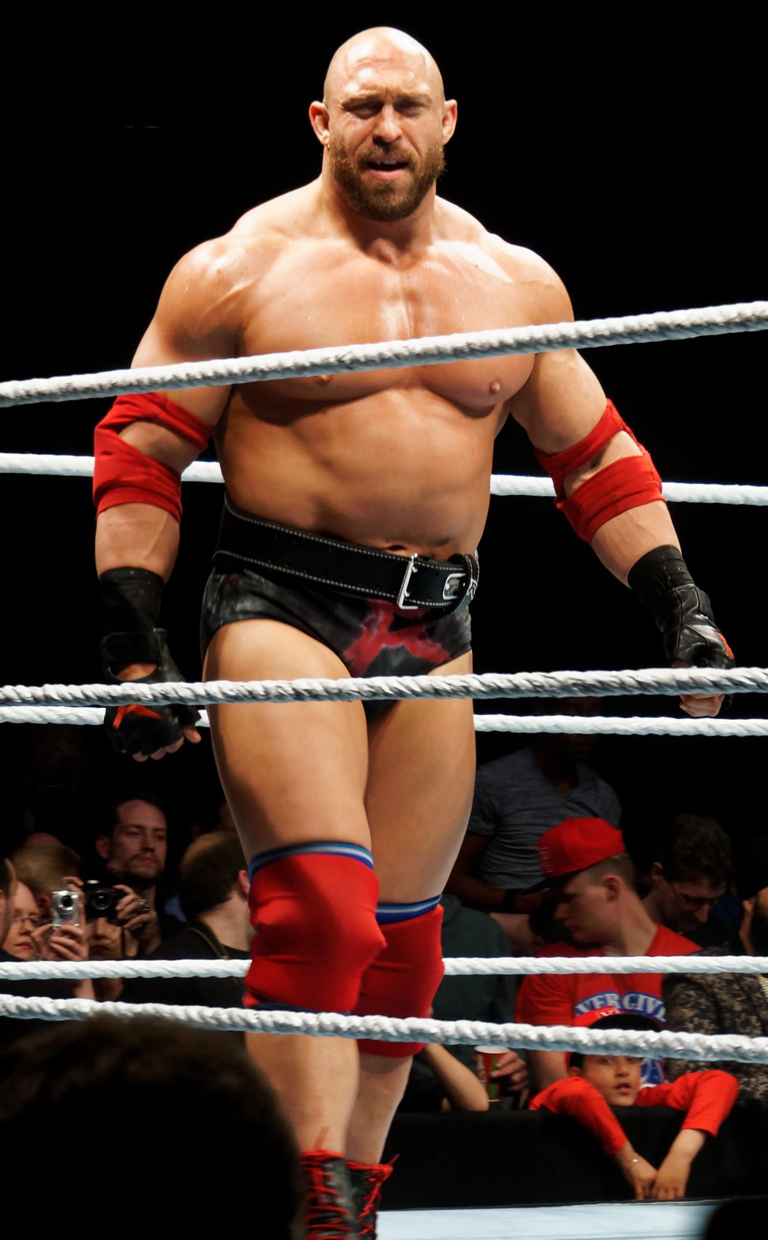 Rumour Former Wwe Wrestler Ryback In Talks With Bellator