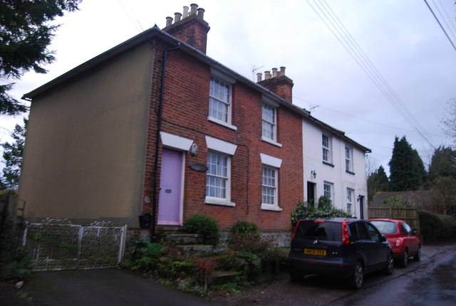 File:Seymour Cottages, Back Street - geograph.org.uk - 1614169.jpg
