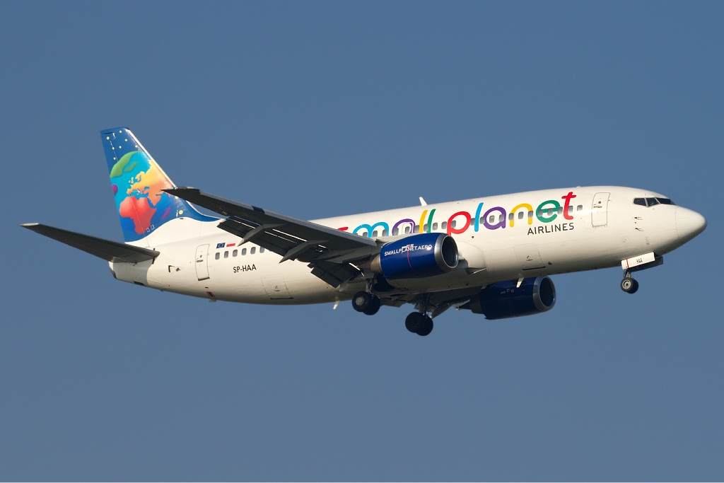 Compagnies aériennes Small Planet Airlines (Small Planet Airlines). sayt.2 officiel