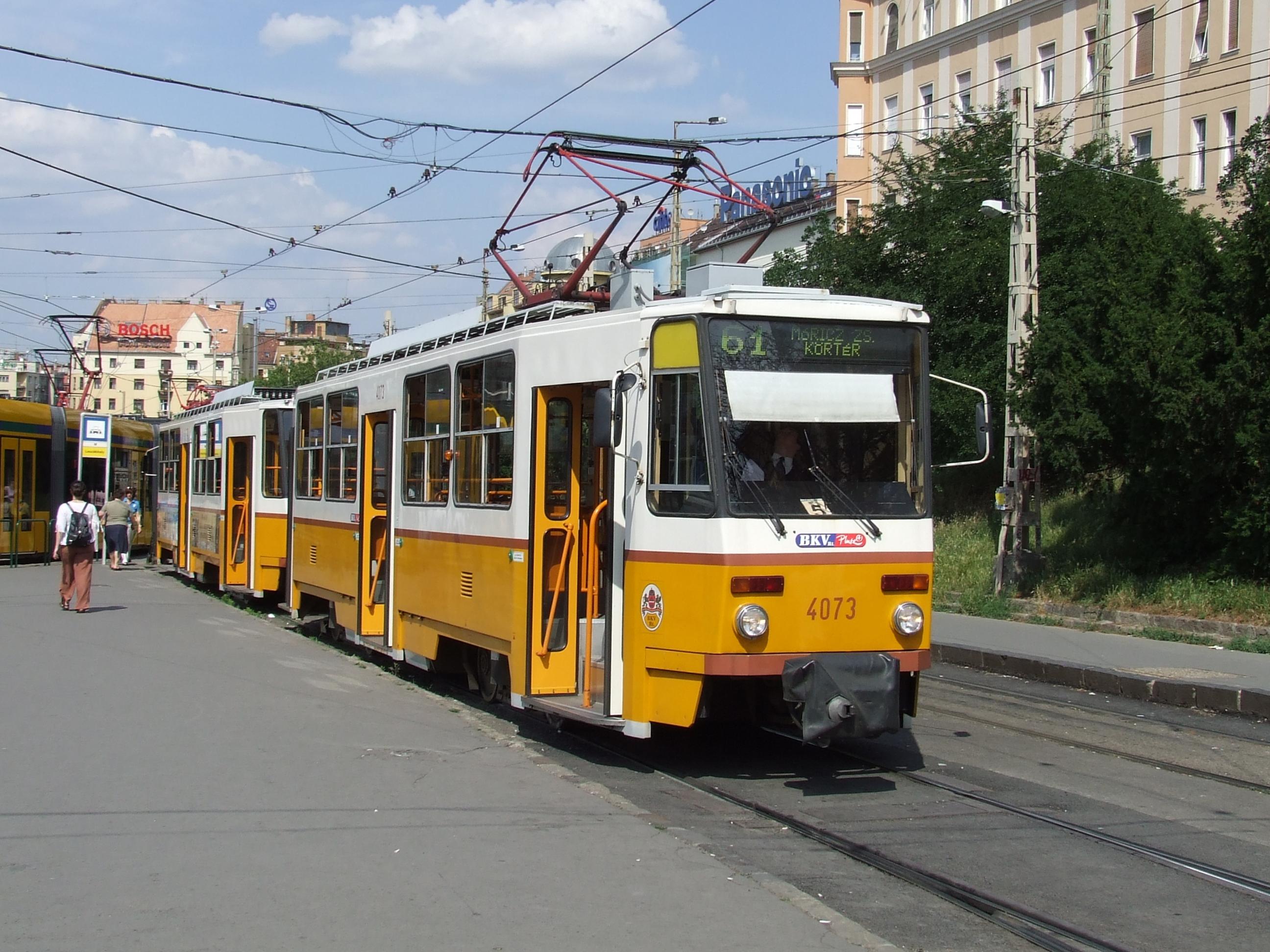 61 Es Villamos Budapest Wikipdia