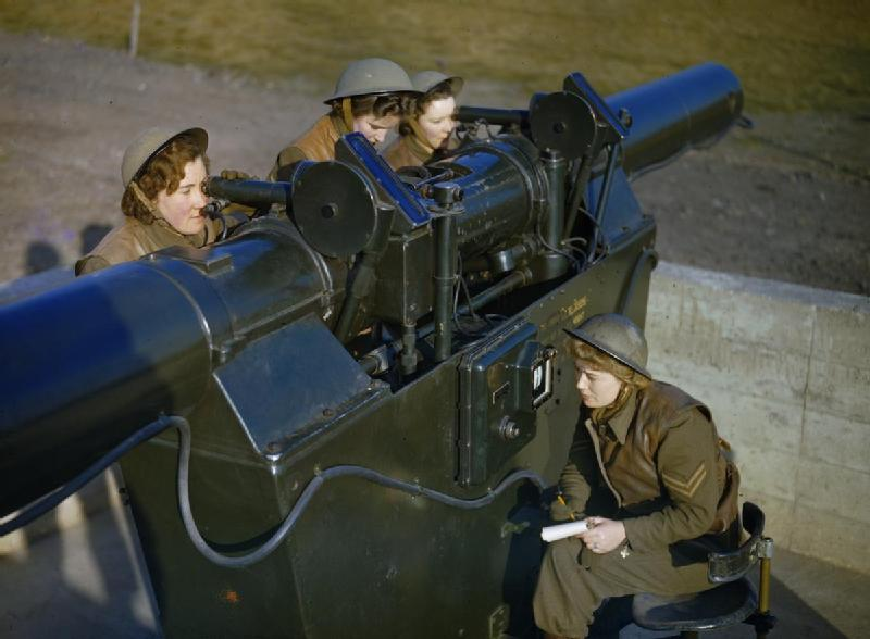 File:The Auxiliary Territorial Service at An Anti-aircraft Gun Site in Britain, December 1942 TR474.jpg