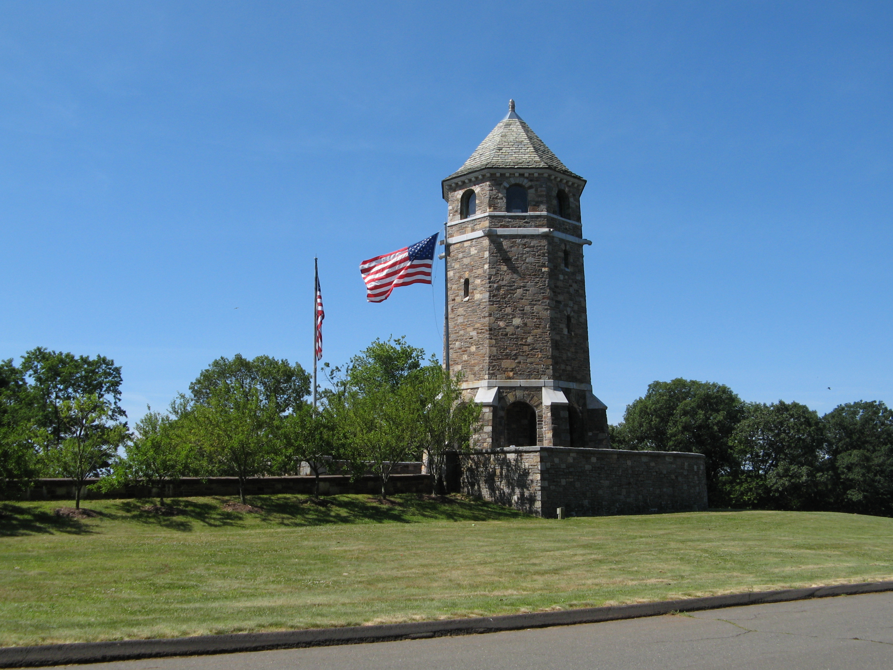 The Tower on Fox Hill - Wikipedia
