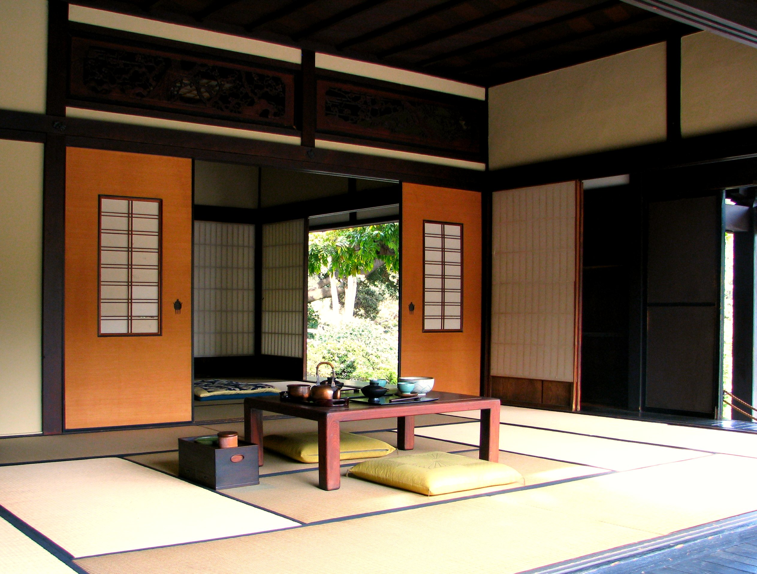 File traditional japanese home 3052408416 jpg wikimedia commons - Home decorating japanese ...
