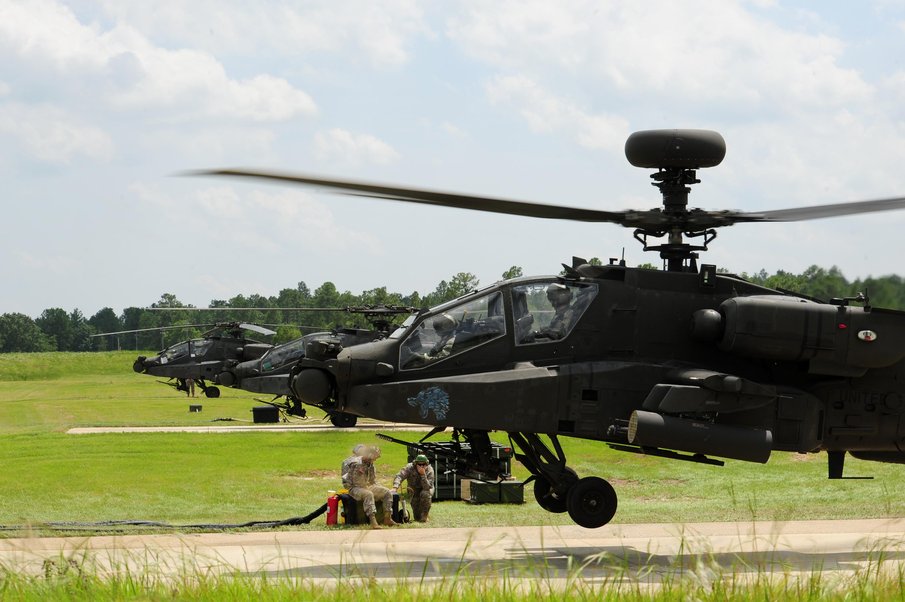 Apache Longbow Helicopter Apache longbow helicoptersApache Longbow Helicopter