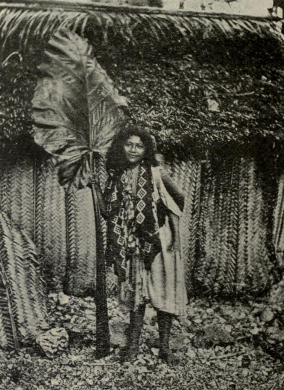 Niue women