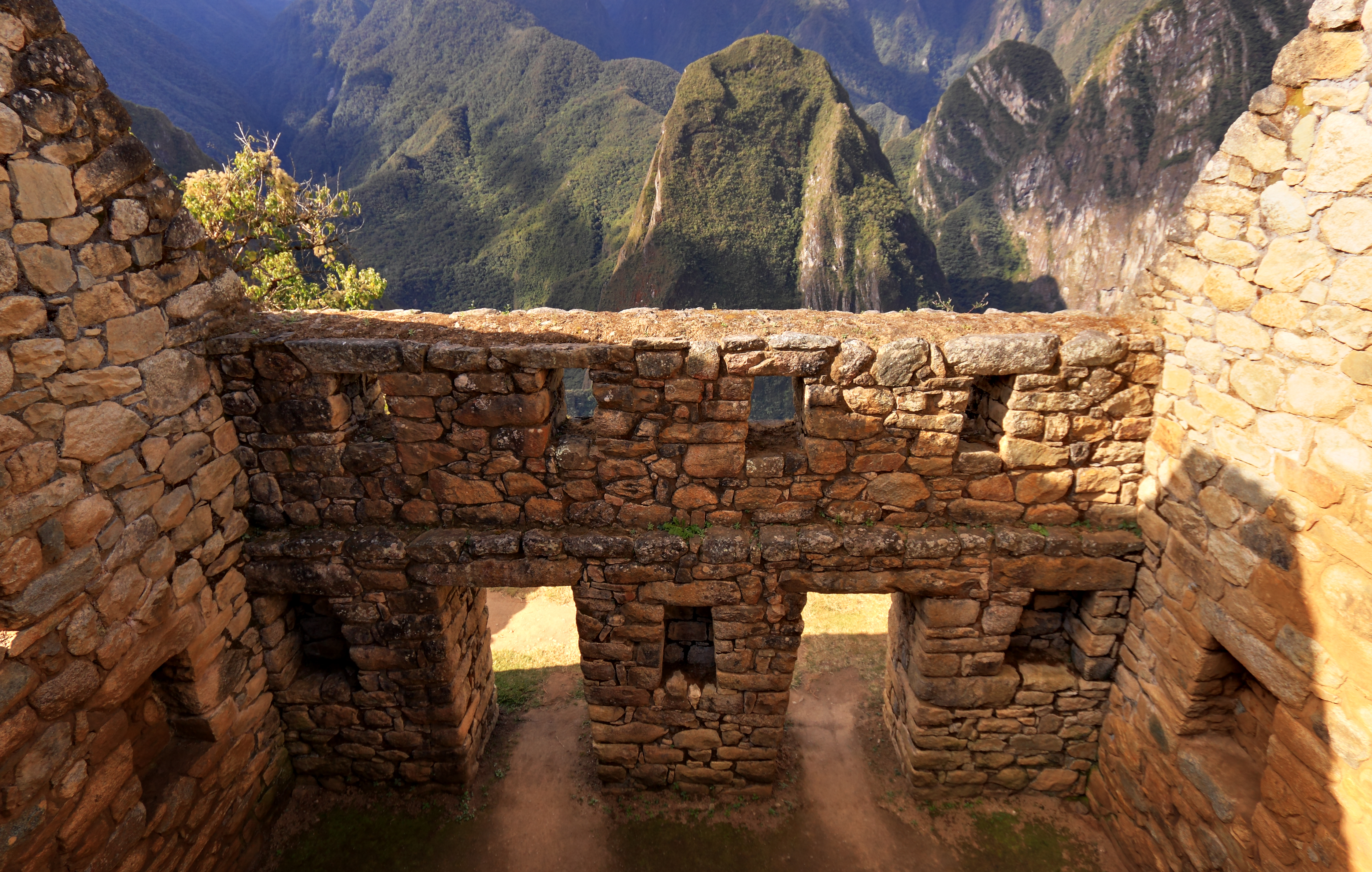 Lost Incan City of Machu Picchu: 100 Years after Discovery ...Inca Buildings And Structures