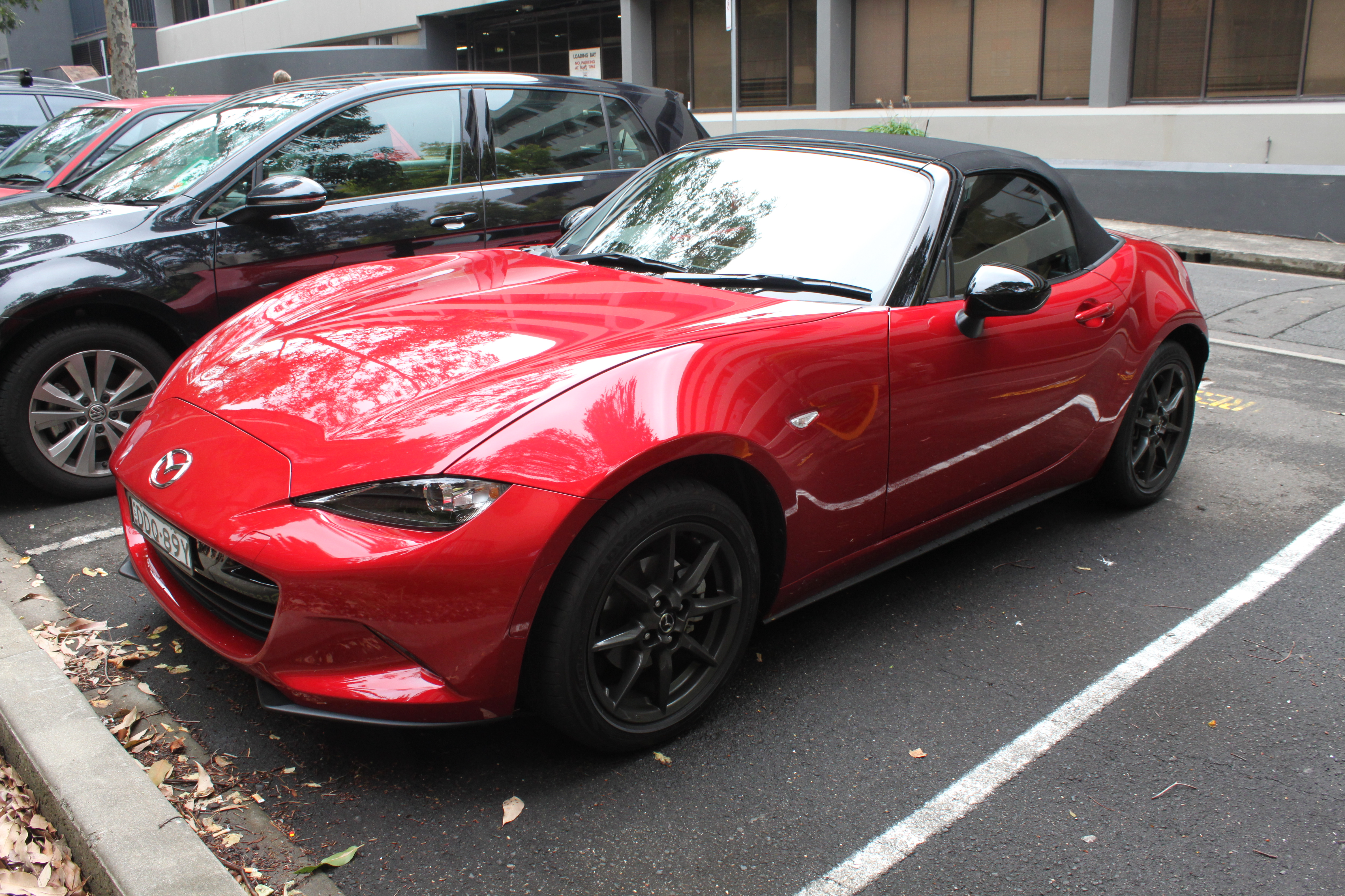 file:2016 mazda mx-5 (nd) roadster gt 1.5 convertible (25995812902