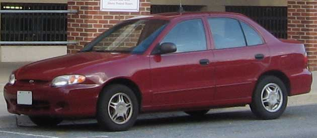 File98 99 Hyundai Accent Sedan