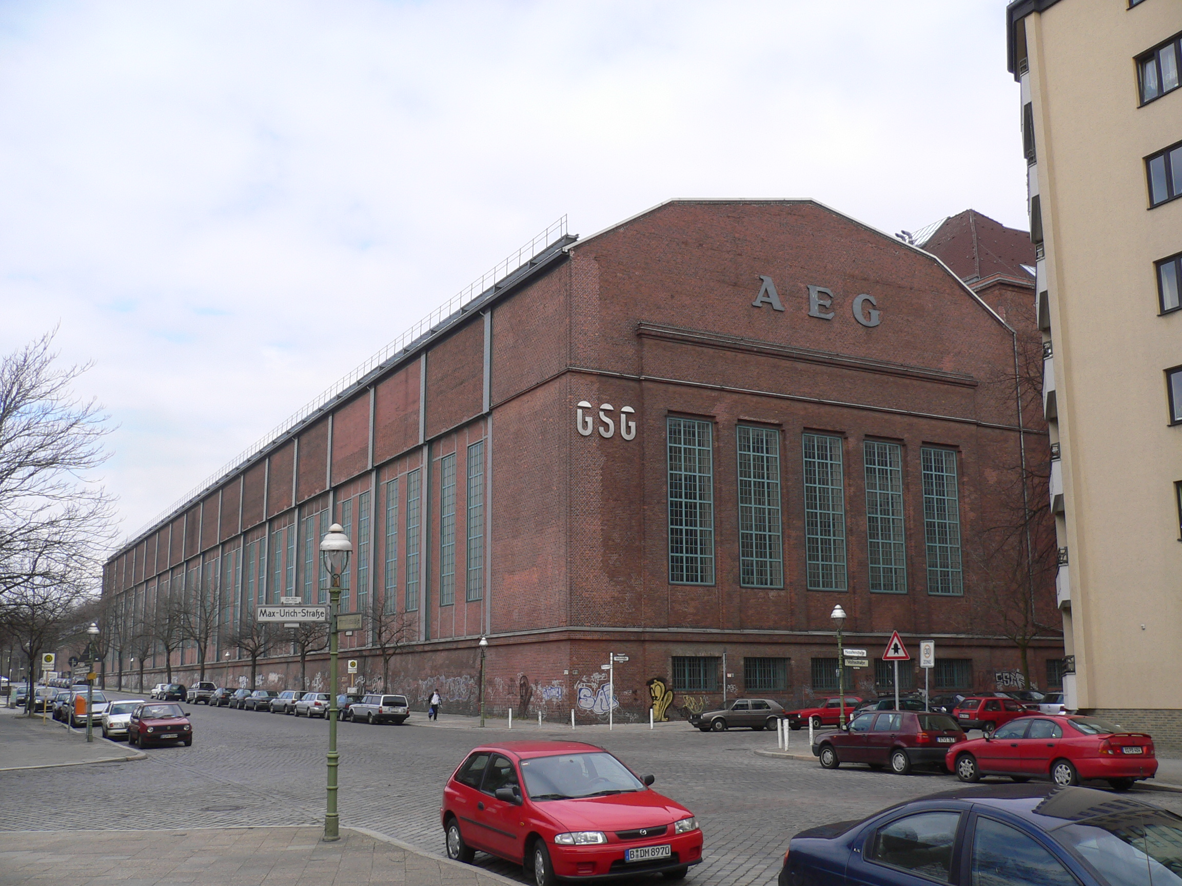 file aeg premises montagehalle f r gro maschinen berlin 2006 jpg wikimedia commons. Black Bedroom Furniture Sets. Home Design Ideas