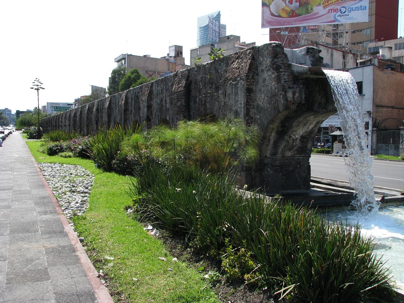 Vista del acueducto de Chapultepec en la CDMX