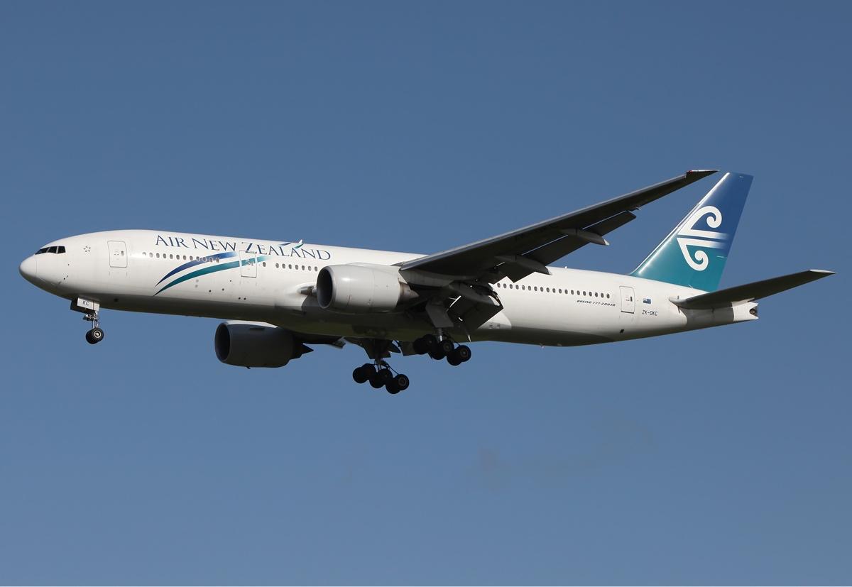 Air_New_Zealand_Boeing_777-200ER_MEL_Zha