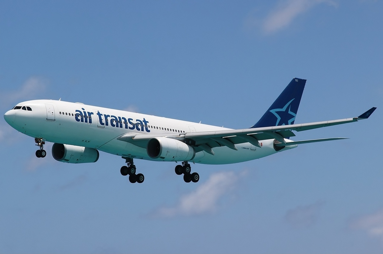 File Airbus A330 243 Air Transat An2050954 Jpg Wikimedia Commons