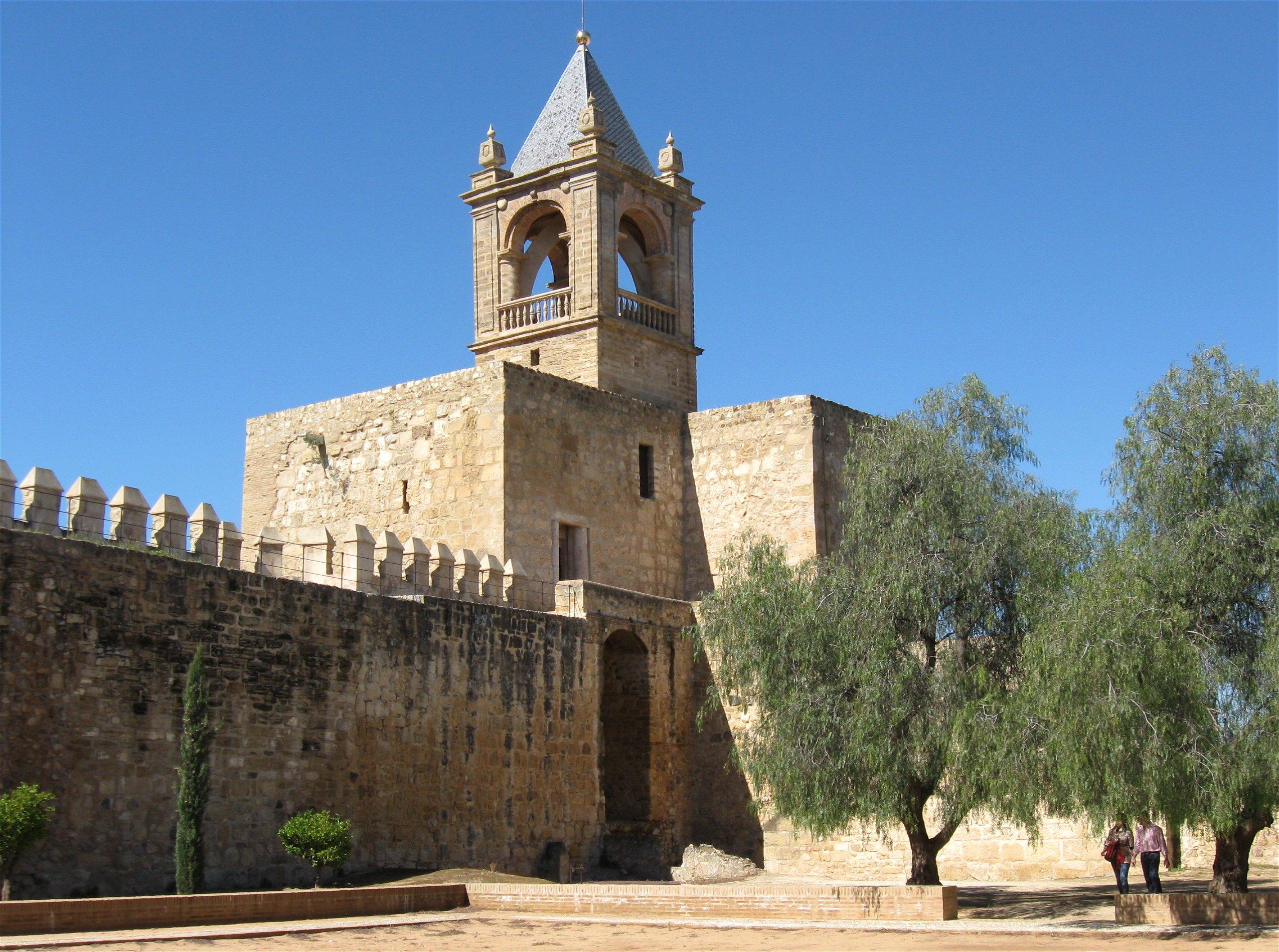 File:Alcazaba de Antequera Malaga-1.jpg