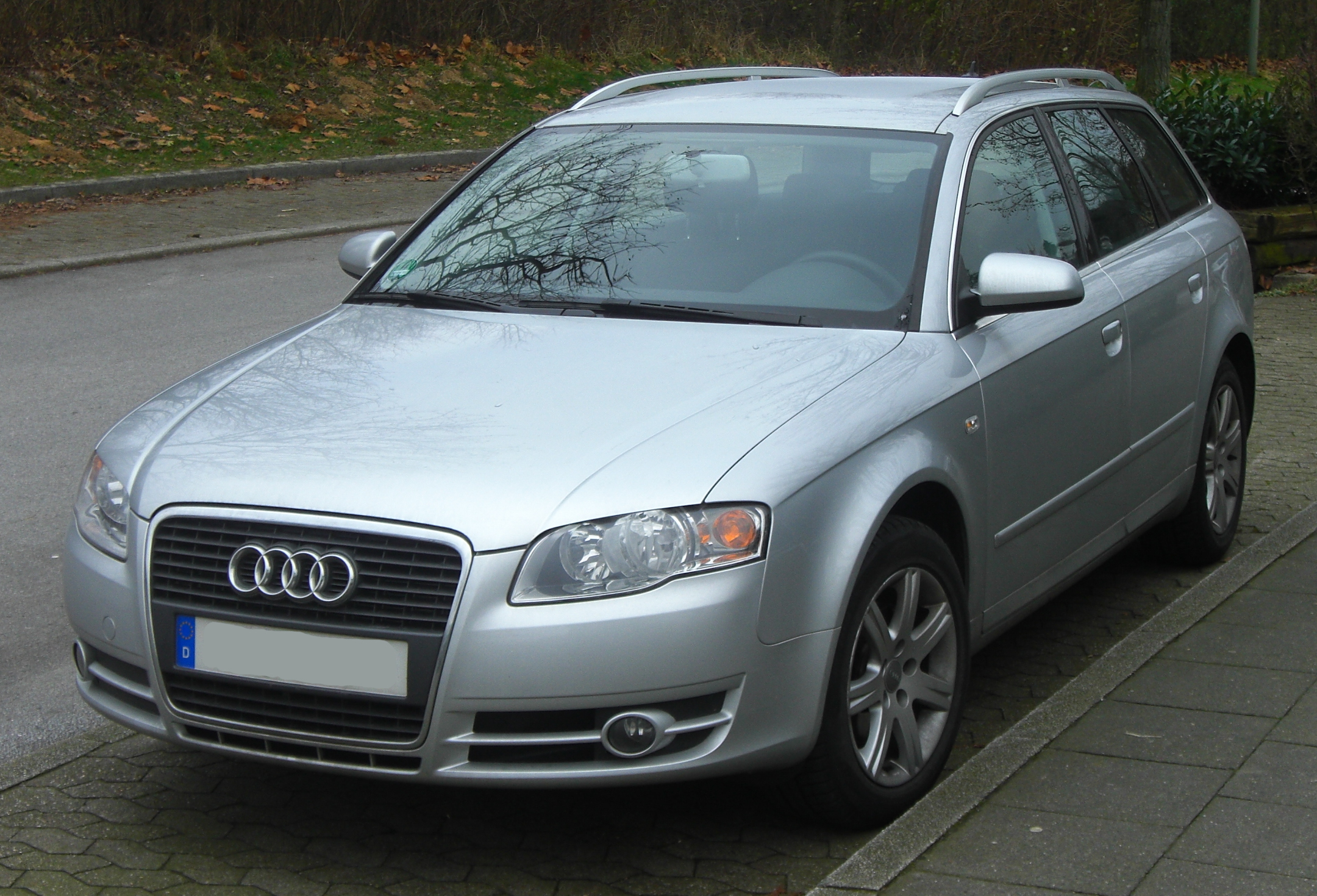 Alfa img - Showing > 2004 Audi A4 Front
