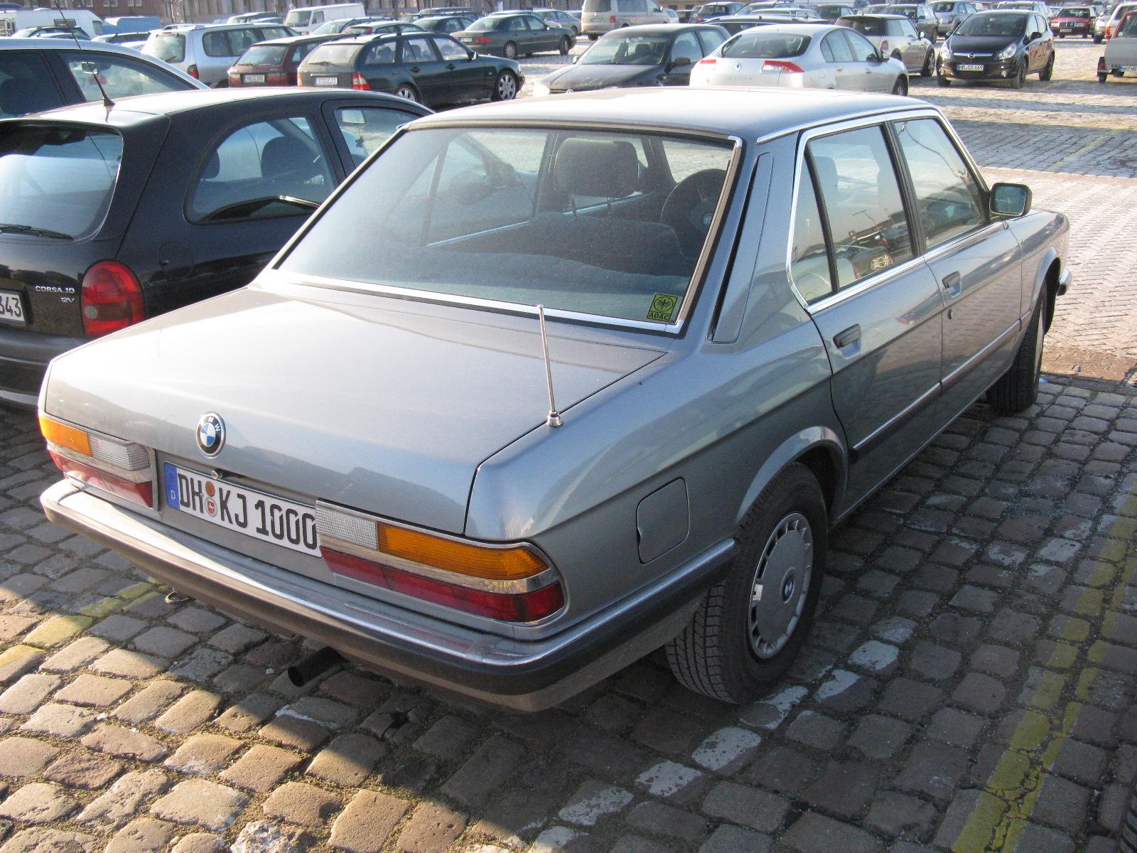 Filebmw 5 Series E28 6794116498 Wikimedia Commons Bmw